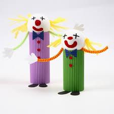 ein clown aus wellpappe diy anleitung kids crafts pinterest