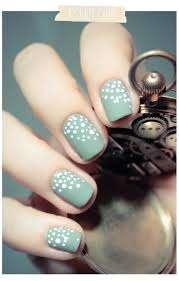 simple white dots on turquoise nail art tutorial simple nail