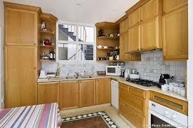 renover sa cuisine en bois comment renover sa cuisine relooker ses meubles de cuisine sans se