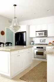 paint colors for kitchen with white walls and cabinets and granite