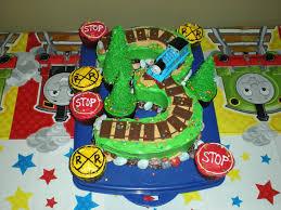 thomas the train 3 birthday cake cakecentral com