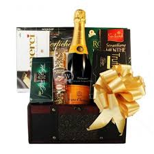 Champagne Gift Basket Send Veuve Clicquot Champagne Gift Baskets France Belgium Netherlands