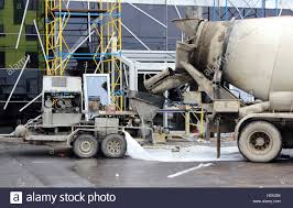 cement mixer bucket stock photos u0026 cement mixer bucket stock