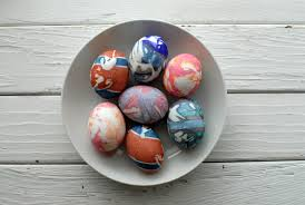 boiling eggs for easter dying silk dyed easter eggs and bunny shaped boiled eggs