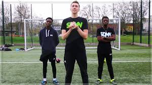 Challenge Miniminter No Bounce Football Challenge