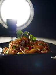 cuisine poulet basquaise recette poulet basquaise cuisine madame figaro