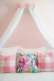 canopy beds for little girls little girls room decorating a room fit for a princess