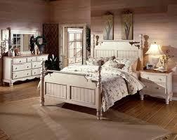antike wandgestaltung antike schlafzimmermöbel oberhalb holzbodenbeläge installieren mit
