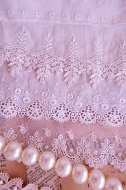 Old Fashioned Lace Curtains by 218 Best Vintage Linens And Lace Images On Pinterest Lace