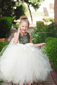 Girls Favourite Flowers - i can make this for the flower girls using ap snow satin for the