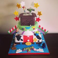 story birthday cake 3 tier story cake