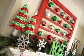 christmas mantel decor my green christmas mantel
