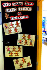 Classroom Door Decoration For Christmas by Best 25 Christmas Classroom Door Ideas On Pinterest Christmas
