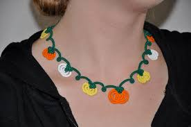 tatted pumpkin patch necklace 6 steps with pictures