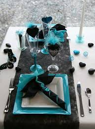 feathers and hearts dinner table decorations black and turquoise