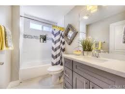 Condo Bathroom Ideas Colors 25 Best Rental Bathroom Ideas On Pinterest Small Rental