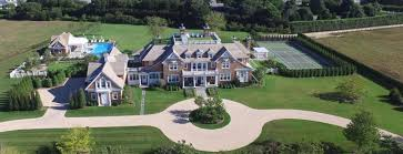 large mansions nobody s buying htons mega mansions because small is the new big