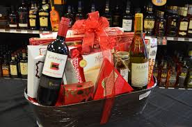 gift baskets at vics liquor store in the woodlands