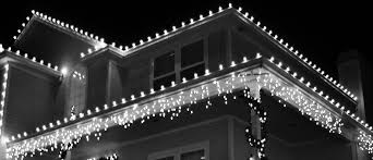 how to hang icicle lights safe tips alternatives to hanging christmas lights on gutters