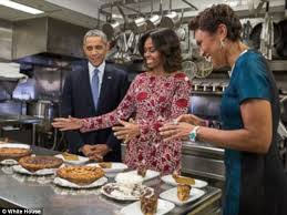 the obama family celebrate thanksgiving with six pies daily mail
