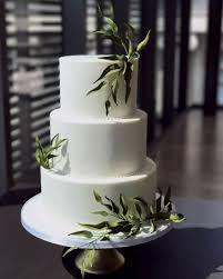 wedding cake greenery modern wedding cakes finespun
