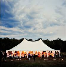 Wedding In My Backyard 10 Chic Wedding Tent Styles Tents Backyard And Fields