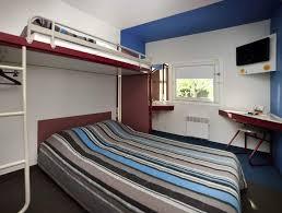 chambre f1 hotelf1 dole jura โรงแรมในโดล hotels com
