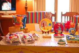 Candyland Theme Decorations - careenduyw candyland themed birthday party supplies