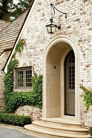 Fireplace Brick Stain by Best 25 Brick Exteriors Ideas On Pinterest Brick Houses