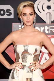 Name Of Hairstyles For Guys by Iheartradio Music Awards 2017 Katy Perry Talks Haircut