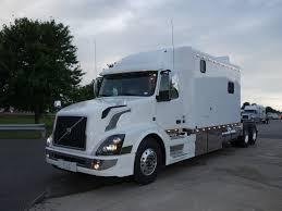 2018 volvo semi truck 2018 volvo vnl with 156 inch ari legacy ii rbsd sleeper 1603