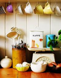 under cabinet coffee mug rack coffee mug storage ideas diy projects craft ideas how to s for