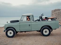 vintage range rover land rover defender series 3 from cool n vintage columnm