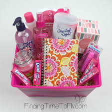 themed gift diy gift baskets candles gum and aromatherapy candles