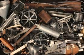 vieux ustensiles de cuisine vieux ustensiles de cuisine image stock image du bouchon batteur