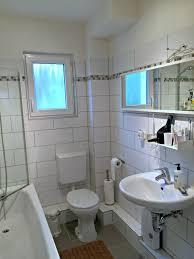 badezimmer verschã nern wohnzimmerz bad fliesen verschönern with sandstein fliesen bad
