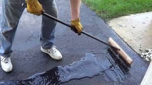 Henry Rubberized Wet Patch by How To Apply A Driveway Sealer Sealing A Driveway Youtube