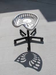 2010 04 28 tractor seat stool