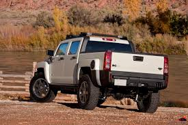 concept off road truck hummer focuses on outdoor recreation and off road racing at the