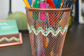 Diy Office Desk Accessories by Diy Embroidered Copper Desk Accessories Revamperate