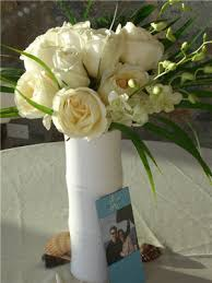 White Roses Centerpieces by Baby U0027s Breath Wedding Trend Winter White Flowers How To Wire