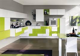 cuisine gris et vert anis design interieur couleur cuisine peinture murale gris clair