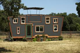 design stack a blog about art design and architecture tiny 01 front view brian crabb tiny house on