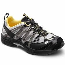 get a foot friend comfort shoe makes easy to walk