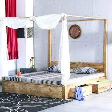 letto baldacchino letto baldacchino legno naturale mobili etnici provenzali shabby