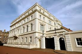 Clarence House London by Clarence House Zu Besuch Bei Prinz Charles Gala De