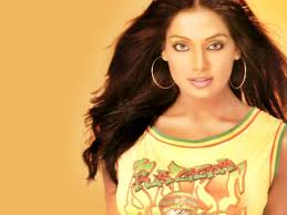 bipasha basu bollywood actress 20153751 1024 768 jpg 1024 768