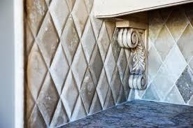 Travertine Backsplash Tiles by Choosing And Installing Kitchen Backsplash Tiles
