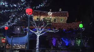 palm harbor christmas lights kennywood s holiday lights begin on black friday wpxi