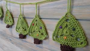 crochet how to christmas tree bunting youtube